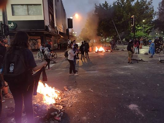 PLAZA ÑUÑOA: PROTESTA POR CRIMEN EN PANGUIPULLI